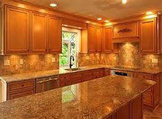 Kitchen Countertop Backsplash by Eye Pleasing Paint Colors For Kitchens With Oak Cabinets Brown