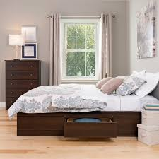 manage stuff in small apartment with queen storage platform bed