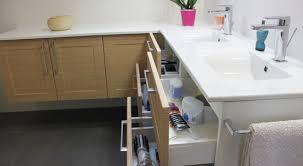 salle de bain plan de travail une salle de bain sur mesure sous pente atlantic bain