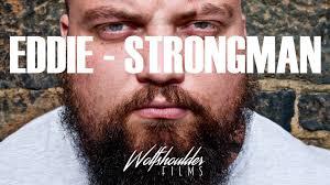 dennis cornelius crushes his world record squat in training barbend