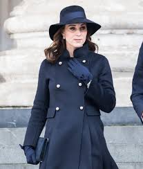 kate middleton s shocking new hairstyle rumor bust kate middleton is not expecting twins extratv com
