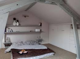 decoration chambre comble avec mur incliné decoration chambre comble avec mur incline visuel 7