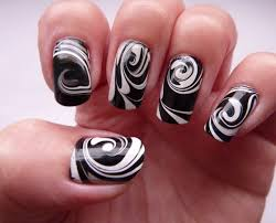 Diy Easy Halloween Drag Marble Nails Design Cute Dry Nail Art by Marble Nails Nail Art Pinterest Marble Nails Water Marble
