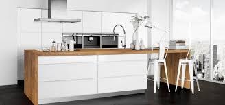 cuisine en bois blanc design cuisine bois clair et blanc bordeaux 1327 19440438 awesome