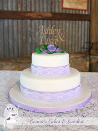 two lovebirds one love story gympie wedding cake bonnie u0027s