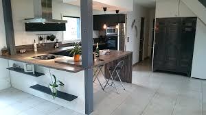 forme cuisine design d intérieur hotte industrielle