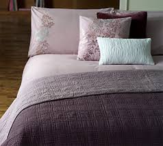 bed throw quilt or bedspread which to choose