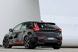 volvo v40 cross country r design the new volvo v40 cross country gallery images and 360