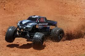 videos de monster truck 4x4 traxxas stampede 4x4 brushless tsm 12v lader rc monstertrucks