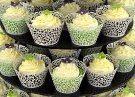 cupcake wedding cake check our cupcake wedding cakes ideas to jazz up your special day