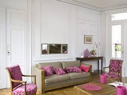repeindre canapé déco salon blanc avec canapé taupe et fauteuil