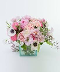 flower arrangements 6 spectacular summer flower arrangements real simple