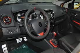renault dauphine interior renault clio r s 200 edc brief about model