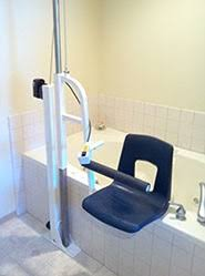 bath chair lift by safe bathtub lifts