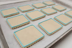 Icing To Decorate Cookies Outlining And Filling Cookies With Royal Icing U2013 The Sweet