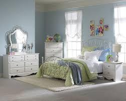 kids bedroom sets youth bedrooms standard furniture spring rose bedroom set st 50283setdr