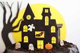 Halloween House Decorations Uk by Halloween Haunted House Centerpiece