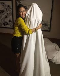 Dream Wedding Dresses Heart Evangelista Tries On Her Dream Wedding Gown Cosmo Ph