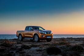 nissan np300 navara award winning all new nissan np300 navara wins international pick