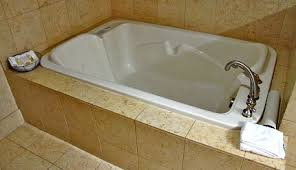 Jacuzzi Bathtubs For Two Luxury Spas Whirlpool Bathtubs Madison Luxury Whirlpool Tub
