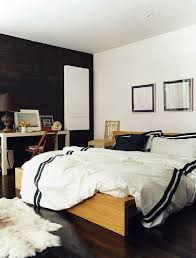 Cheap Queen Bedroom Sets Under 500 by Awesome Cheap Bedroom Sets Queen Under 500 Light Brown Wooden Bed