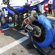 how to break in motocross boots how to properly breaking in motorcycle tires the bikebandit blog