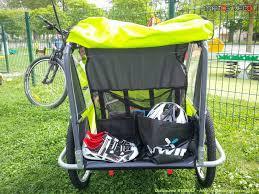 siege pour remorque velo comment rouler avec une remorque vélo enfants matos vélo