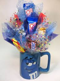 candy arrangements 507 best gift baskets images on birthdays candy