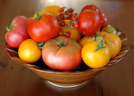 Types Of Vegetables To Grow In A Garden - hybrid vs gmo vs heirloom bonnie plants