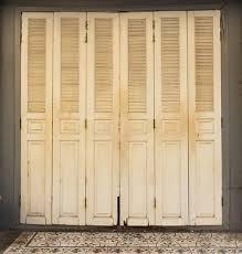 shabby chic doors photography backdrop newborn photoshoot background shabby chic