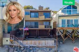 trulia malibu the latest in camille grammer s malibu portfolio celebrity