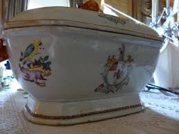 armorial porcelain case study u2013 east india company at home 1757 1857
