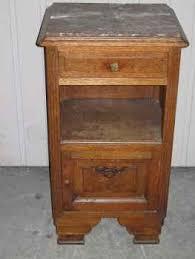 le de chevet ancienne lire une annonce propose à vendre meuble table de chevet