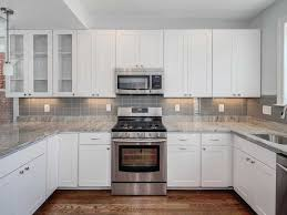 kitchen backsplash easy to clean cherry color cabinetss quartz