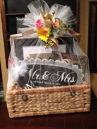 best wedding presents best 25 wedding gift baskets ideas on bridal shower