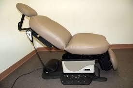 midmark 630 procedure table used midmark 630 exam chair for sale dotmed listing 1041197