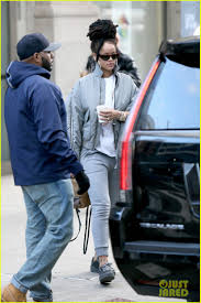 velvet car khloe rihanna arrives to u0027ocean u0027s eight u0027 set in her fenty x puma velvet