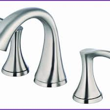 Top Rated Kitchen Faucets by Featured Best Sellers Highest Rated Delta Savile 1handle Pulldown
