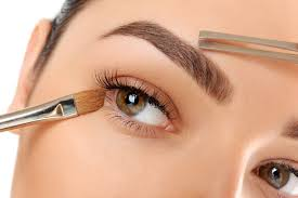 How To Tweeze Your Eyebrows The Only Way You Should Pluck Your Eyebrows Now My Ciin