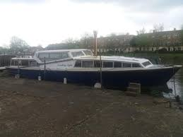 river thames boat brokers marinas moorings for sale london used boats new boat sales
