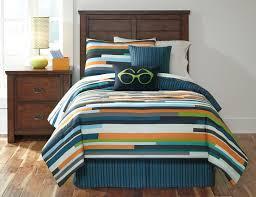 Ashley Furniture Trundle Bed Twin Buy Ashley Furniture Seventy Stripe Twin Comforter Set