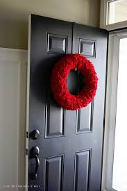 diy felt ruffle wreath on virginia