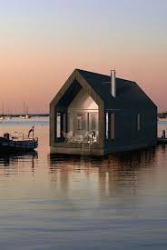 small lake house 4060 best a little house by the sea images on pinterest beaches