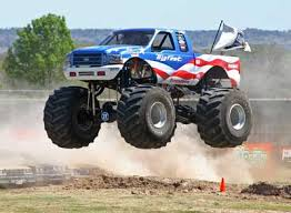 monster truck racing association 2015 celebrates 40 years of bigfoot mtra
