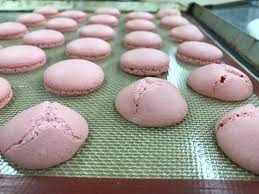 concave macarons with silpat cheftalk