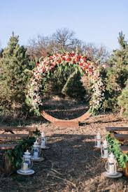 Wedding Wreaths The Hottest Wedding Trend 21 Giant Wreaths Weddingomania