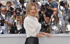 women of france hair styles how to dress like a french woman five tips to remember and five