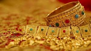dhanteras things to remember while buying gold this diwali zee