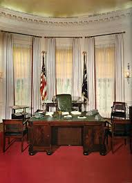 White House Oval Office Desk Oval Office 1963 Lyndon B Johnson Succeeded Kennedy And Used His