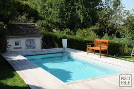 petite piscine enterree petite piscine design rectangulaire conviviale
